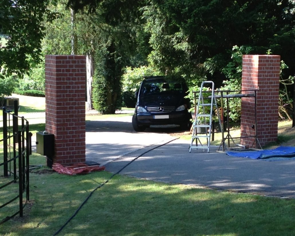 Electric gate installation